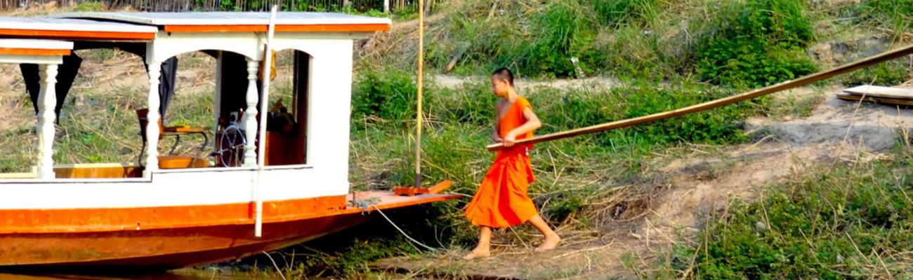 Los budas vigilantes del Mekong